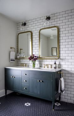 We are starting our master bathroom renovation and I'm sharing my favorite bathroom designs that have inspired me for our Modern Vintage Bathroom! Bathroom Interior Design, Home Interior, Bathroom Designs, Bathroom Ideas, Bathroom Organization, Interior Livingroom, Budget Bathroom, Bathroom Layout, Modern Vintage Bathroom