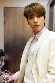 140404 [Boice Official] CNBLUE 5th Mini Album [Can't Stop] 2 shot YONGHWA [SET 2]
