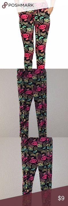 Shosho Womens Semi Harem Psychedelic Print Pants B Shosho Womens Semi Harem Psychedelic Print Pants Black Medium/Large Shosho Pants