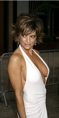 Fully nude Lisa rinna