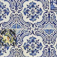patio - cobalt wallpaper | Christian Lacroix