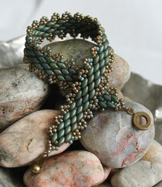 Classy Peyote Superduo Bracelet; Bead Weaving; Peyote Stitch; Turquoise Superduo…