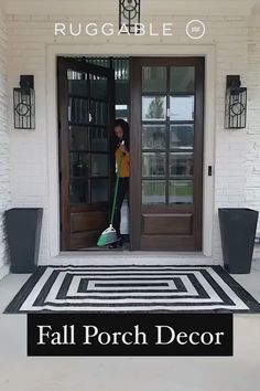 Stain, water, and fade-resistant, Ruggable's washable outdoor rugs are the perfect decorating accessory for any high-traffic space. Front Door Porch, Front Door Decor, House Front, Home Design Decor, Home Decor, Interior Design, Semarang, Entry Doors, Entryway