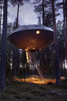 The Flying Saucer house. Lost in the middle of a forest in Lapland (Finland), this house looks just like a flying saucer. This is actually an atypical hotel room, which can accommodate a family of 4 for one night in the wilderness.