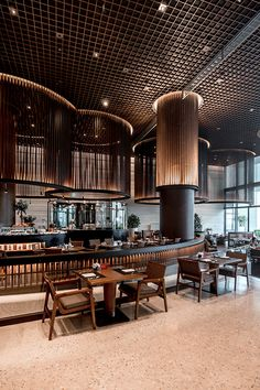 Hilton Hotel Busan / SKM Architects - Expolore the best and the special ideas about Hotel interiors Hotel Lobby Design, Hotel Design Architecture, Busan, Ace Hotel, Dubai Hotel, Hotel Safe, Restaurant Interior Design, Cafe Interior, Luxury Restaurant