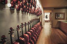 Violin, Viola and Cello Specialists - Xavier Vidal i Roca Barcelona Spain, Cello, Wine Rack, Workshop, Cases, Bows, Shoulder, Accessories