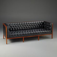 Fabulous Leather Mid Century Modern Sofa Black Leather Tufted Mid Century Modern Couch Furniture - A leather sofa is a sensible financial investment both f Couch Furniture, Fine Furniture, Furniture Styles, Home Decor Furniture, Pallet Furniture, Furniture Design, Mid Century Modern Couch, Mid Century Modern Furniture, Sofa Design