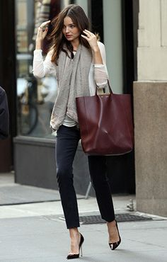 Need a burgundy bag to complete the fall wardrobe. This adds such richness to an otherwise ordinary look