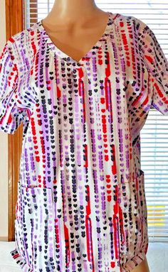 Candy Hearts Health Care Scrub Top, L, Multipockets, form fitting  #Barco