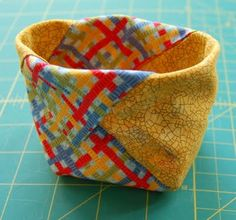 Tommy the Material Girl: Thread Catcher Tutorial