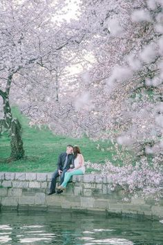 Engagement Photos Part 2 - Cherry Blossom Engagement Photos / Washington D.C. Engagement Pictures / Julie Paisley Photography / mint pants and accessories #misscountrymusicbride #itsabrideslife #davidtutera