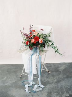romantic wedding bouquet | Photography: Emily March Photography