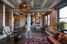 Fábrica de estilo. Veja: http://casadevalentina.com.br/blog/detalhes/fabrica-de-estilo-3088 #decor #decoracao #interior #design #casa #home #house #idea #ideia #detalhes #details #style #estilo #casadevalentina