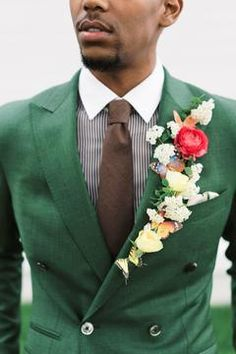 A more-is-more approach to the groom's boutonniere with fresh flowers on the lapel Groomsmen Boutonniere, Groom And Groomsmen, Boutonnieres, Groom Suits, Navy Suits, The Groom, Wedding Groom, Wedding Suits, Wedding Attire