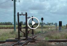 Íme, a világ egyik legveszélyesebb vasúti kereszteződése! Wind Turbine