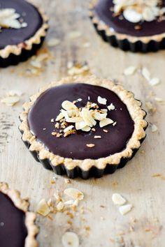 coconut chocolate tarts