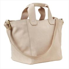 beige-bag from Gap.  Nice but not really for living and commuting in London or any other major city i suspect : (