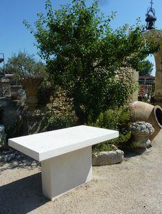 belle table dextrieur en pierre de lens pierre du gard a - Table En Pierre Exterieur