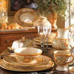 Vietri dining table setting