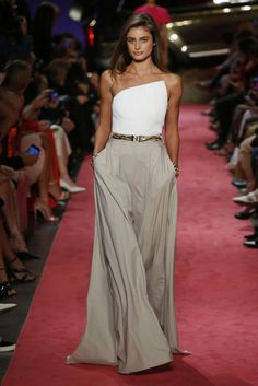 Brandon Maxwell Spring / Summer Womenswear - Fashion Week, page 11 (# 328 . - Brandon Maxwell Spring / Summer Womenswear – Fashion Week, page 11 (# Germany – lo - Love Fashion, Trendy Fashion, Fashion Looks, Fashion Outfits, Fashion Tips, Womens Fashion, Fashion Clothes, Latest Fashion, Fashion 2018