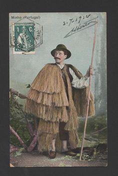1914 PORTUGAL MINHO SHEPHERD  hemp raincoat?
