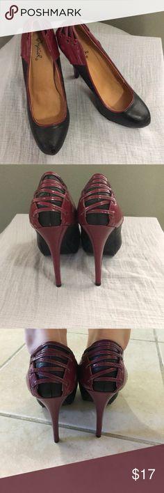 Qupid Black & Red Heels Black stiletto heels with detailed burgundy back. Qupid Shoes Heels