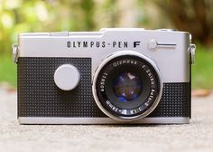 Olympus PEN FT Half Frame ⎯ Silver