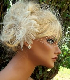 Bridal fascinator, Birdcage bridal veil - feathered fascinator wedding hair clip White or Ivory 2 piece set