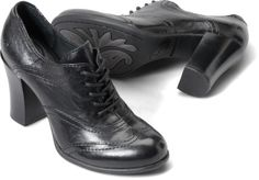 Born Womens Lisandra in Black :: Another shoe I would buy in a heartbeat if it only came in wide sizes.