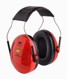 Does anyone want to #Win a pair of PELTOR Prince or Princess Earmuffs from 3M. http://www.mummyof3diaries.co.uk/2014/09/win-pair-of-peltor-prince-or-princess.html?spref=tw x