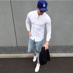 men simple street fashion