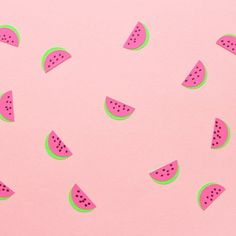 Guess what I used to make these fun watermelon stickers that are so versatile and fun?! Tutorial included.