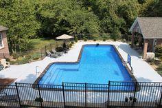 Pool Steps Inground, Vinyl Pools Inground, Swimming Pools Backyard, Pool Spa, Swimming Pool Designs, Landscaping Around Pool, Pool Landscape Design, Sweet Home, Pool Remodel
