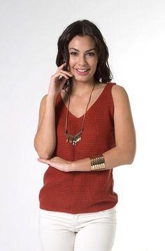 Mais looks novos lindos!! Quem gosta ?   Blusa Tricot de Acrílico  MAIS DETALHES!  http://imaginariodamulher.com.br/look/?go=2cWhBWh