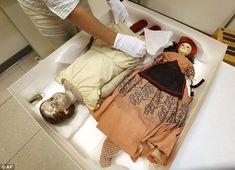 Investigating Civil War Era dolls possibly used to smuggle medicine past Union blockade into Confederate territory.