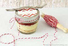 cheesecake in a jar plus the printable for the lid!