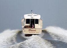 Sabre Yacht 42' Salon Express Beige hull