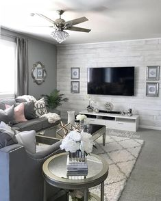 affordable apartment living room design ideas on a budget 25 ~ Home Design Ideas Living Room Decor Cozy, Living Room Grey, Living Room Bedroom, Cozy Living, Wallpaper For Living Room, Living Room Accent Wall, Grey Living Room Furniture, Chic Living Room, Apartment Living Rooms