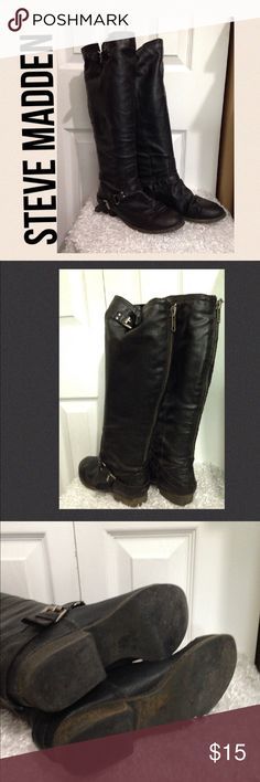 "**HOLD**  STEVE MADDEN Black Moto Riding Boots 6.5 STEVE MADDEN Tall Black Moto Riding Boots. Size 6.5. They are almost knee length at 17"" from heel to top. There are decorative buckles and they zip down the back. They are pre-owned and show some wear.  Heel height is less than 1"" Steve Madden Shoes Combat & Moto Boots"