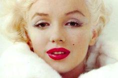 Despre dragoste şi viaţă de la cea mai celebră blondă: Marilyn Monroe