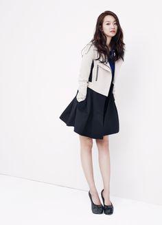 Actress Shin Min Ah endorses apparel brand 'Joinus'