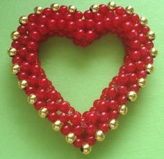 FREE Heart Pendant Pattern from Around the Beading Table