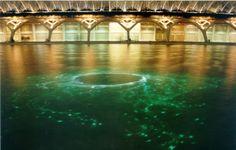 Black Hole, instalación de fibra óptica en la ciudad de la ciencias de Valencia, de Nacho Ruiz