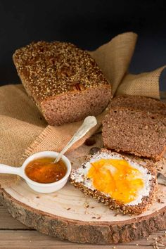 Cómo hacer pan de molde integral con semillas, receta fácil para principiantes.