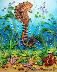 Seahorse/crab in underwater quilled scene.