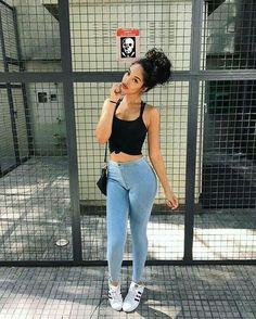 30 looks para quem ama cropped top - Guita Moda Summer Outfits, Casual Outfits, Cute Outfits, Fashion Outfits, Womens Fashion, Fashion News, Urban Fashion, Look Street Style, Foto Casual