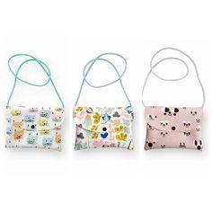 Cositas nuevas que nos encantan y que en los próximos días tendremos en la tienda a que son una monada estos bolsitos?  Mañanasabadoabrimos de 11 a 14 y de 17 a 20 también nos podéis encontrar en nuestra tienda online www.dontiptop.com Buenas noches!! #bolsitos #bags #kids #bolsosbonitos #bagsforkids #design #cute #cosasbonitas #regalosoriginales #decoshop #decokids #kidsshop #shoponline #tiendasbonitas #tiendasconencanto #tiendasdiferentes #oviedo #tiendasoviedo #dontiptop by dontiptop