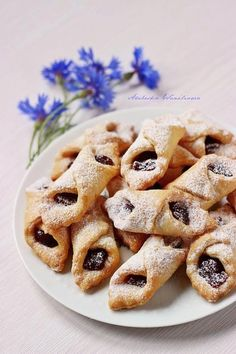 Arabeska : Ciastka smalcowe Cake Recipes, Dessert Recipes, Desserts, French Deserts, Cake Paris, First Communion Cakes, Mousse, Polish Recipes, Polish Food