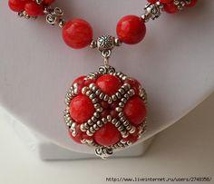 Beaded Earrings, Earrings Handmade, Beaded Bracelets, Homemade Jewelry, Diy Jewelry Making, Seed Bead Jewelry, Beaded Jewelry, Nigerian Beads, Sparkly Jewelry
