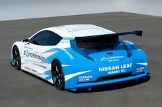 Revealed earlier this year at the New York Auto Show, Leaf Nismo RC is the racing version of the current Nissan Leaf, a model which keeps the same powertra Yokohama, 2011 Nissan Leaf, 370z, Nissan Nismo, Wide Body Kits, Japanese Cars, Car Painting, Car Car, Le Mans